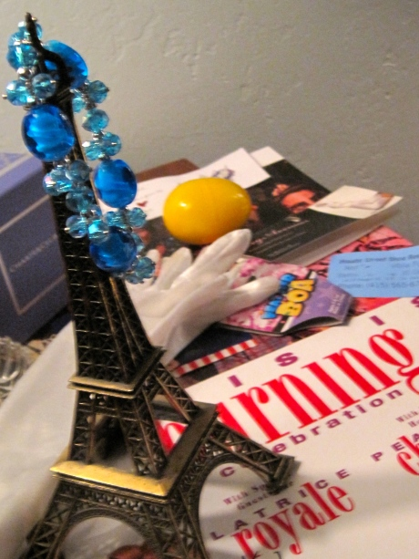DE PARIS BRÛLE-Une soirée à Paris, à San Francisco!