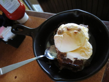 In Texas, you get a skillet of ice-cream.  Bowls are only used when going to the Governor's Mansion.